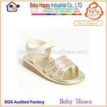 Las sandalias hermosas más nuevas de los zapatos de los cabritos China Proveedor