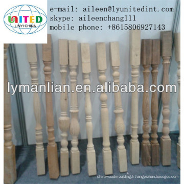 usine de pilier d'escalier en bois