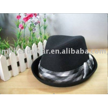 Woolen Fedora with check pattern band, classical design