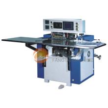 Machine de fabrication de sacs d'étanchéité à manivelle