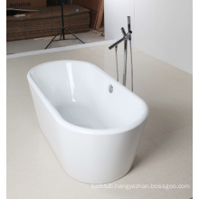 White Acrylic Bathtub in Freestandinh Way