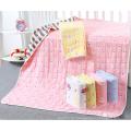 nützliche 6-lagige Babydecke aus Baumwoll-Jacquard