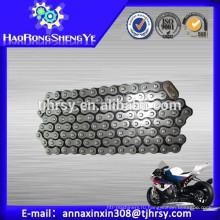 Высокая прочность на растяжение цепь мотоцикла 520 для горячего сбывания