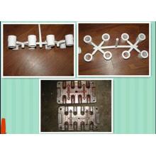 Coude de PPR avec le moule convenable d'insertion de tuyau
