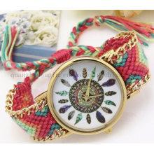 OEM Fashion Feather Ladies Quartz Watch with Woven Bracelet