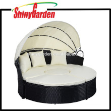 Gemachtes Rattanmöbel-Sofa PEs Rattan-großes rundes Bett