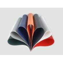 Lonas multicolores para cubrir la máquina