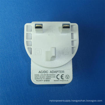 White Color 5V 2.1A UK USB Charger for Mobile Phone