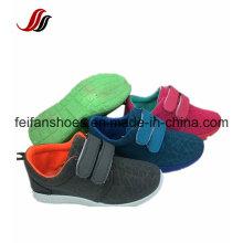 Sapatos de Injeção de Lona Respirável para Crianças, Sapatos Esportivos Casuais, Sapatos de Sola de PVC com Preços Baixos