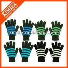 2014 La mode la plus récente tricoté des gants rayés magiques acryliques personnalisés