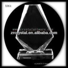 design attrayant blanc trophée en cristal X064