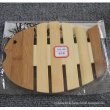 (BC-M1004) Natural Bamboo Fish Shape Heat Insulation Mat