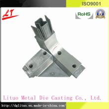 Liga de alumínio fundição triângulo conector de móveis