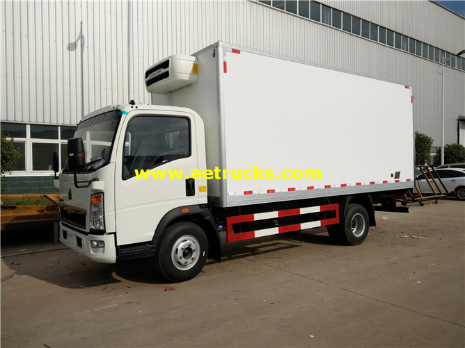 4x2 Refrigerated Box Trucks