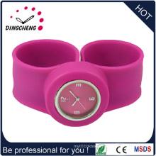 Fashion Waterproof Silicone Bracelet Quartz Slap Watch (DC-1292)
