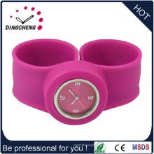Moda impermeável pulseira de silicone relógio de batida de quartzo (dc-1292)