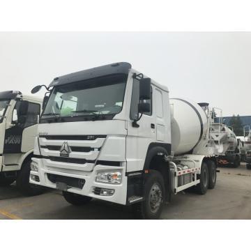 Sinotruck HOWO 10M3 8M3 concrete mixer truck