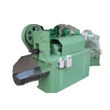 Richt- und Schneidemaschine für Stahlstangen