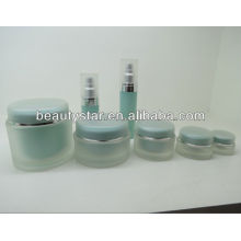 Round acrylic cream container