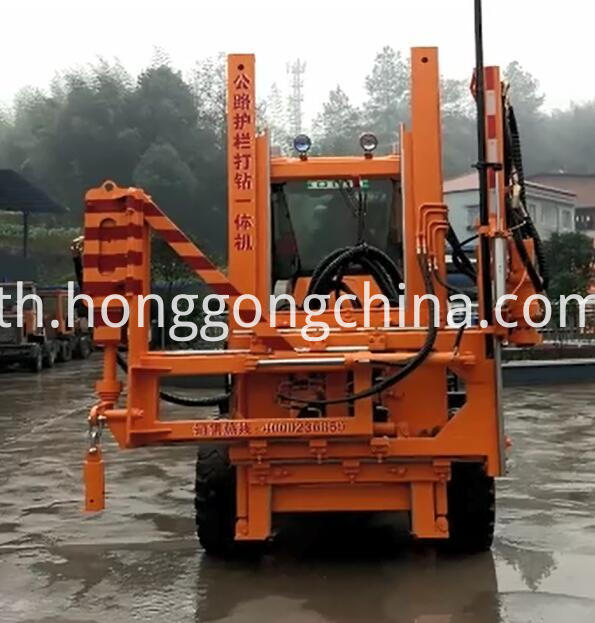 Diesel Guardrail Pile Driver Machine