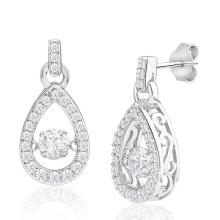 La gota de plata 925 cuelga los pendientes que bailan la joyería del diamante