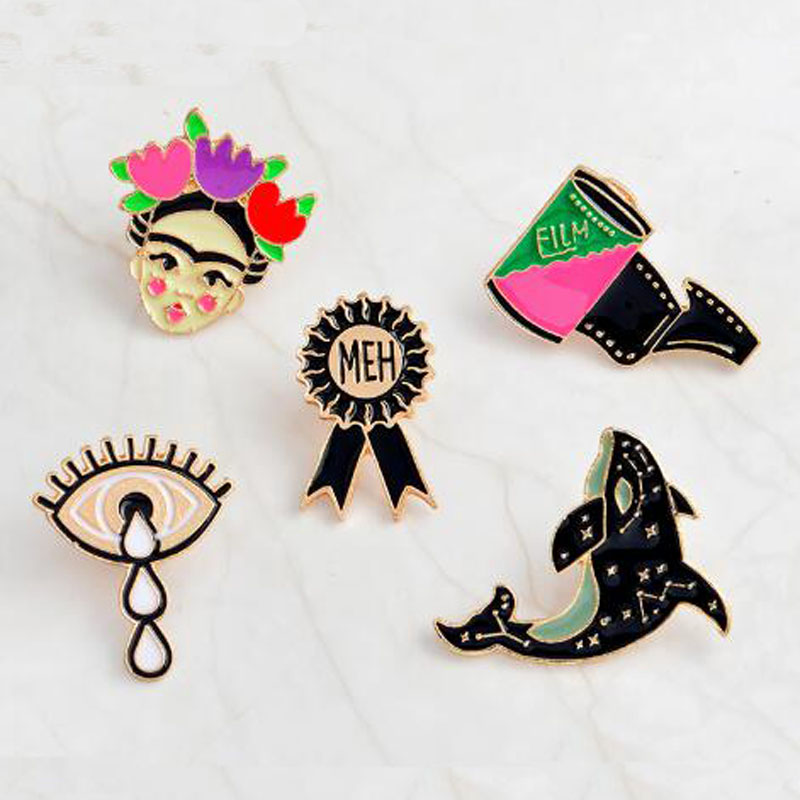 Qihe Jewelry Frida Kahlo Artist Dolphin Eye Film Badge Hard Enamel Lapel Pin Brooches Pins Up Cute Jewelry For Women Girls