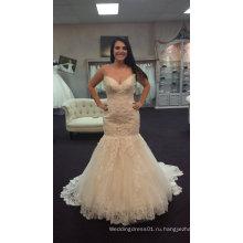 Настоящая невеста Fit и вспышки свадебное платье