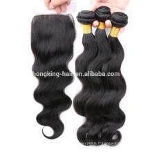 Les vraies extensions brésiliennes de cheveux bouclent la vague noire et naturelle de corps de couleur de cheveux de Remy d'Indien
