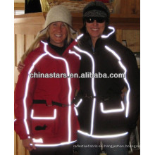 Costura de alta visibilidad en el borde reflectante para mayor seguridad