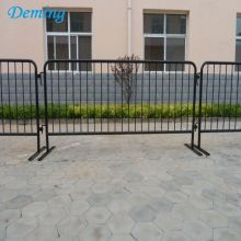 Grosir Bridge Base Powder Dilapisi Galvanized Crowd Barrier
