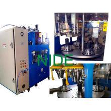 Machine automatique d'enroulement et d'insertion du stator moteur du générateur automatique