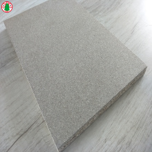 1220*2440*18 mm Plain face Particle board