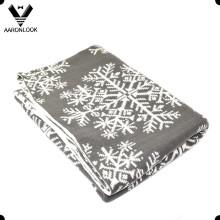 2016 New Fashion Warm Snowflake Jacquard Home Blanket