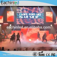 L'affichage mené polychrome de l'affichage p3 p4 hd de prix d'usine pour la scène d'intérieur, concerts