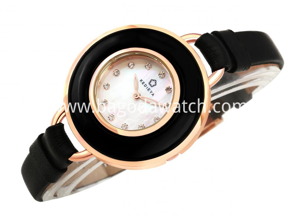 Women Watch Luxury