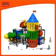 Équipement d'aire de jeux pour enfants drôle