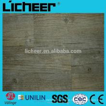 Pavimento de madeira de vinil em relevo de madeira