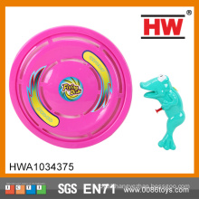 2015 good quality 17cm water gun and 28.5cm Flying disc outdoor plastic playsets for kids
