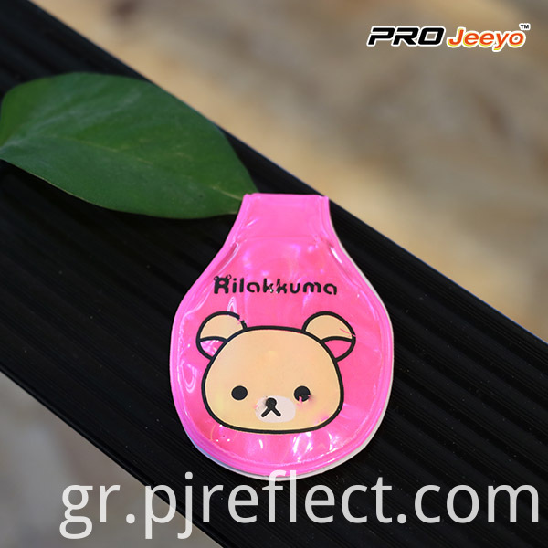 Reflective Animal Shape Pink Bear Led Light Magnetic ClipCJ-PVC007