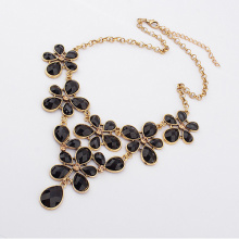 Factory Outlet Europe Palace retro pretty resin flower vintage gold metal alloy fashion choker necklace