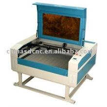 CO2 Máquina de gravura do Laser / 1200 * 900mm