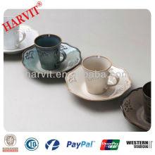 Tasses et soucoupes réactives en Chine / Coupe et soucoupe et chapelle à thé et soucoupe