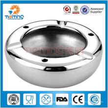 Mignon cendrier en acier inoxydable de forme ronde
