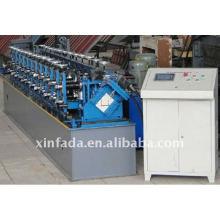 Machine à formater des rouleaux