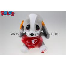 20cm Valentine's Gift Peluche Dog Toy avec coeur rouge