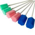 Écouvillon oral de mousse de bâton d'éponge de nettoyage de bouche de patient médical jetable