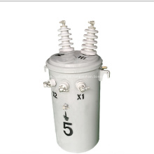 transformador de distribuição montado em pólo imerso em óleo
