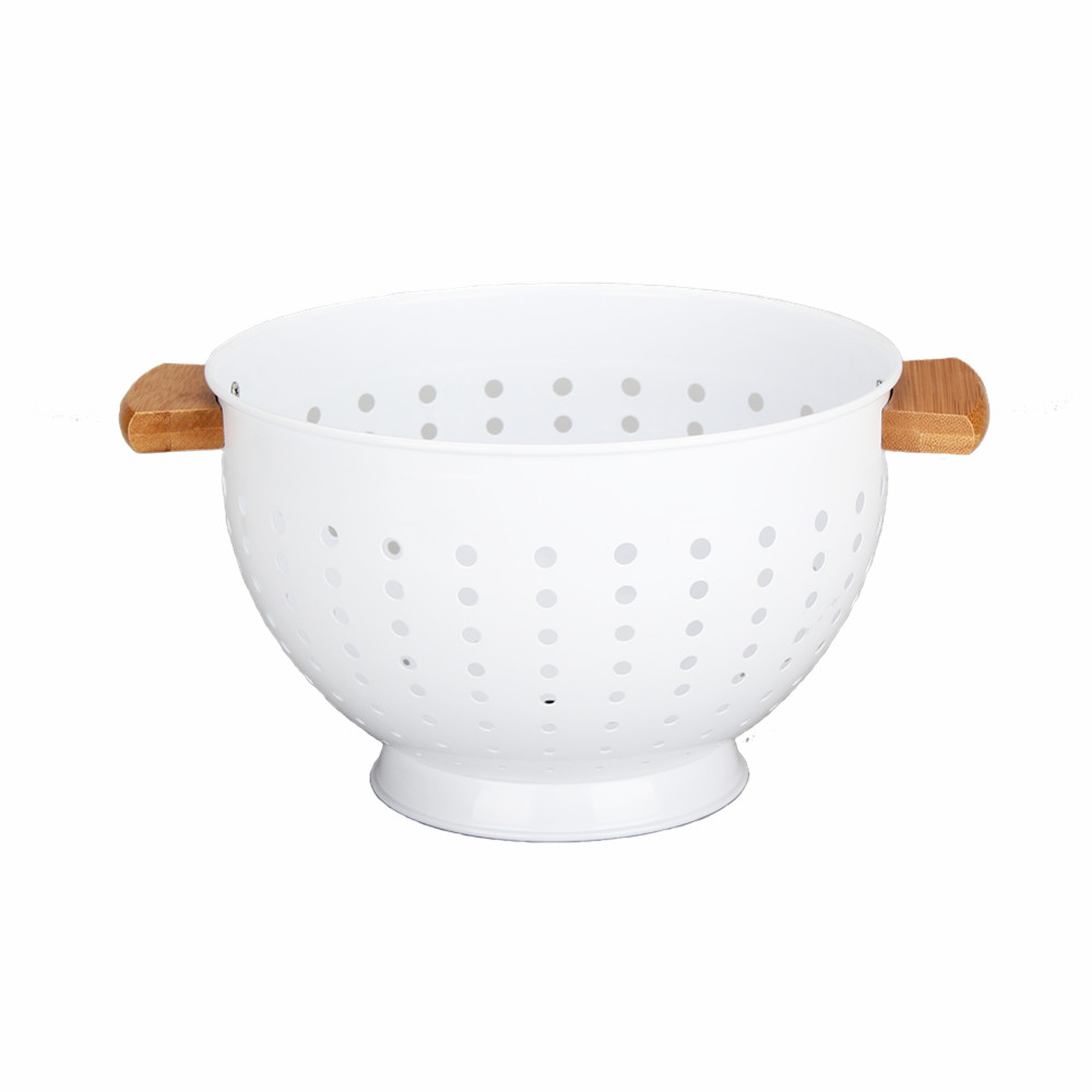 White Colander With Wooden Handle