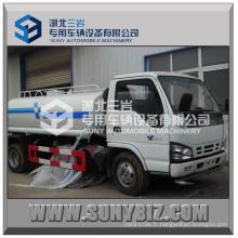 Camion de Sprinckle d'eau de camion de réservoir d'eau d'Isuzu 4X2 5m3