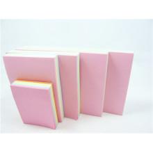 Notes autocollantes et bloc-notes pour la papeterie scolaire